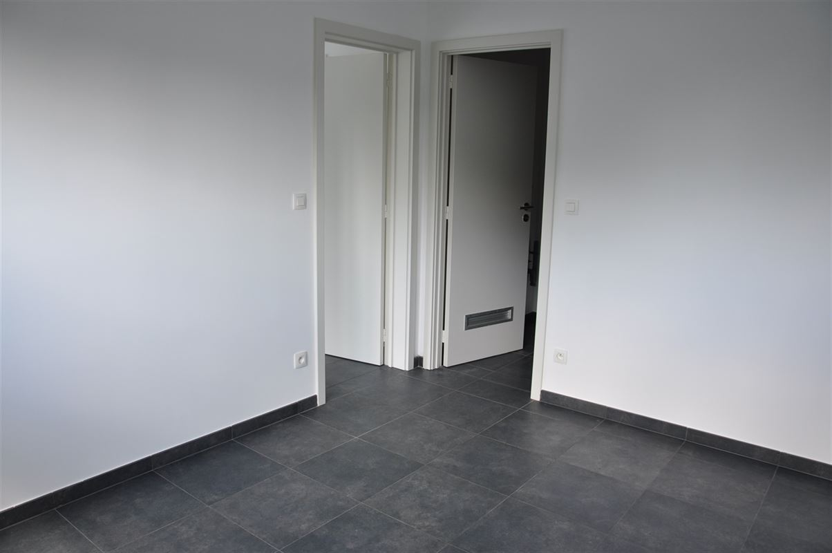 Image 8 : Appartement à 7000 MONS (Belgique) - Prix 720 €