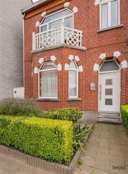 Huis te 9470 DENDERLEEUW (België) - Prijs