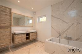 Gelijkvloers te 9300 AALST (België) - Prijs € 339.000
