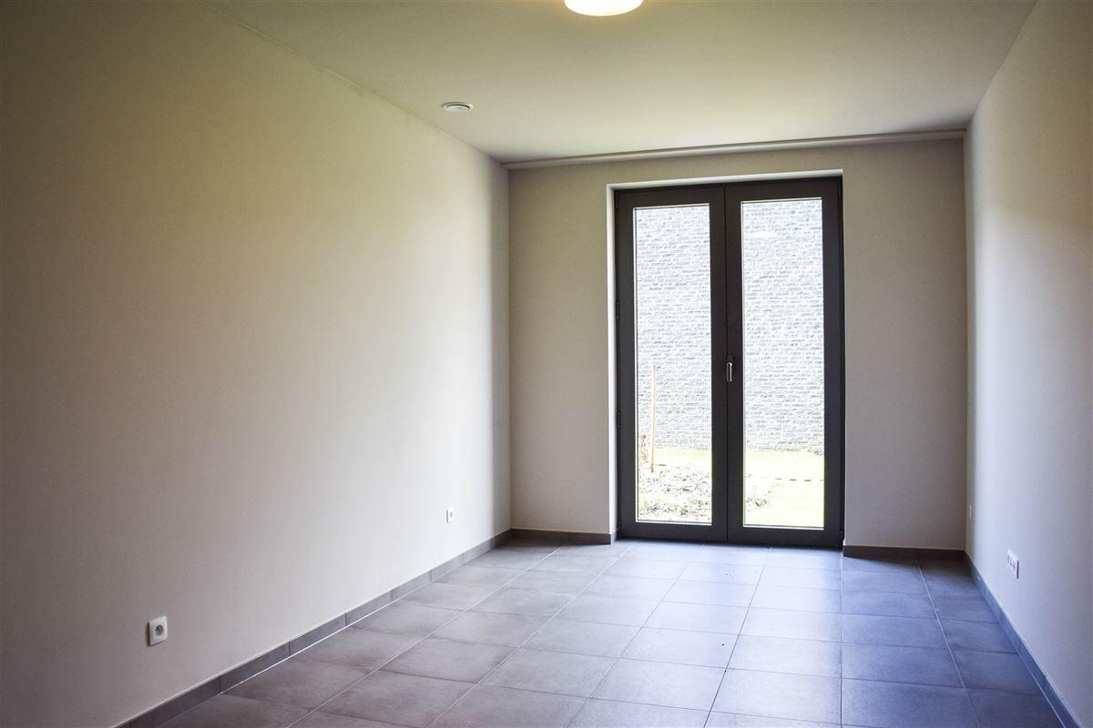 Foto 10 : Appartement te 9100 SINT-NIKLAAS (België) - Prijs 900 €/maand
