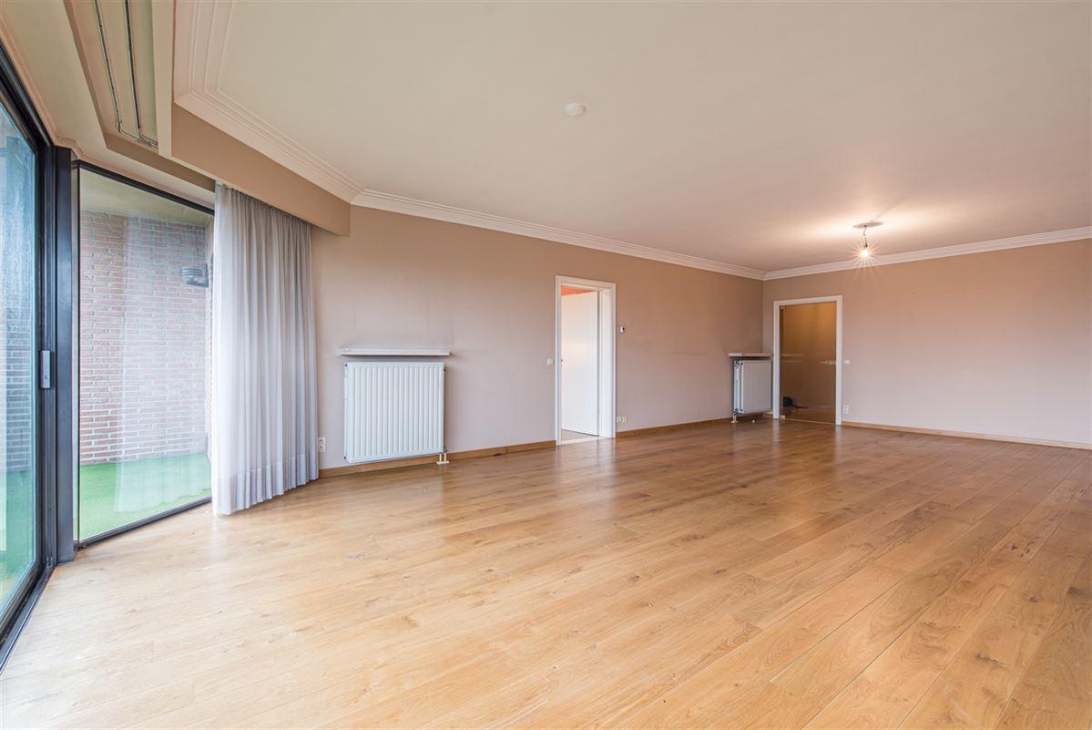 Foto 6 : Appartement te 9100 SINT-NIKLAAS (België) - Prijs € 270.000