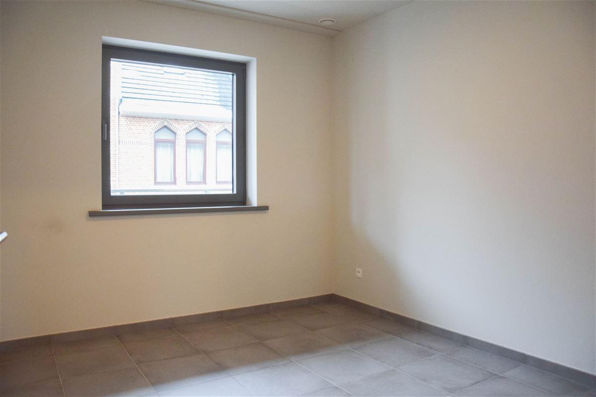 Foto 12 : Appartement te 9100 SINT-NIKLAAS (België) - Prijs 800 €/maand