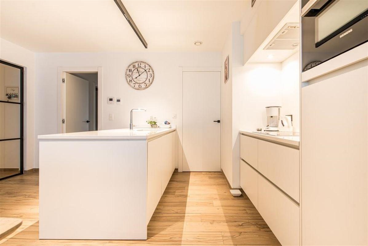 Foto 11 : Appartement te 9100 SINT-NIKLAAS (België) - Prijs € 385.000