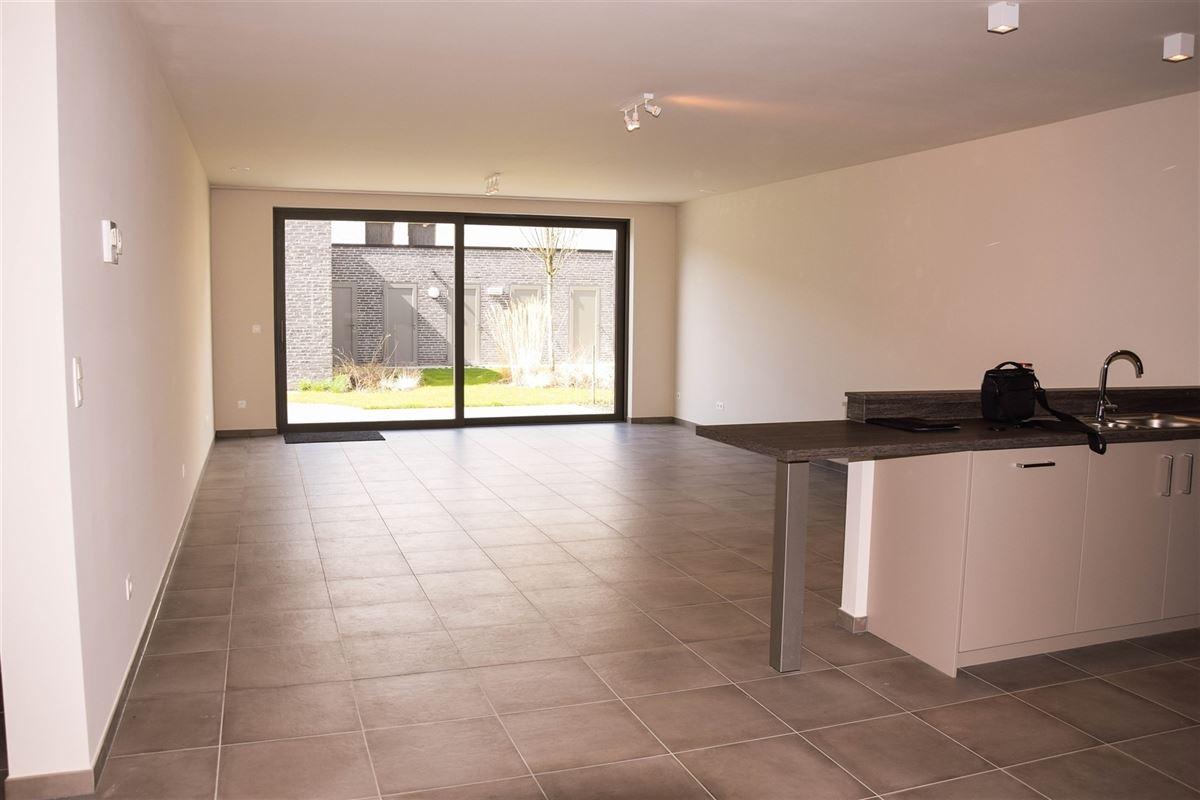 Foto 4 : Appartement te 9100 SINT-NIKLAAS (België) - Prijs 900 €/maand