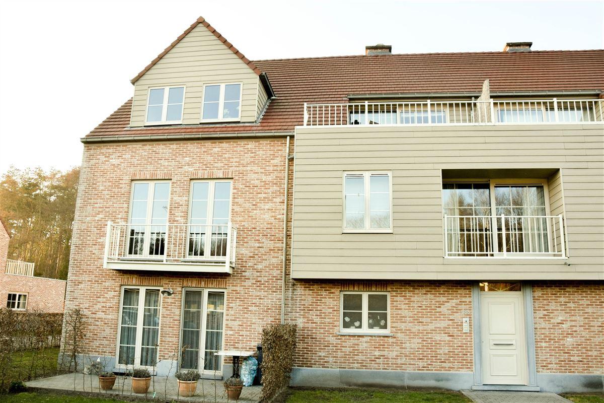 Foto 1 : Appartement te  SINT-NIKLAAS (België) - Prijs 740 €/maand