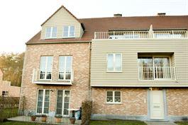 Appartement te  SINT-NIKLAAS (België) - Prijs 740 €/maand