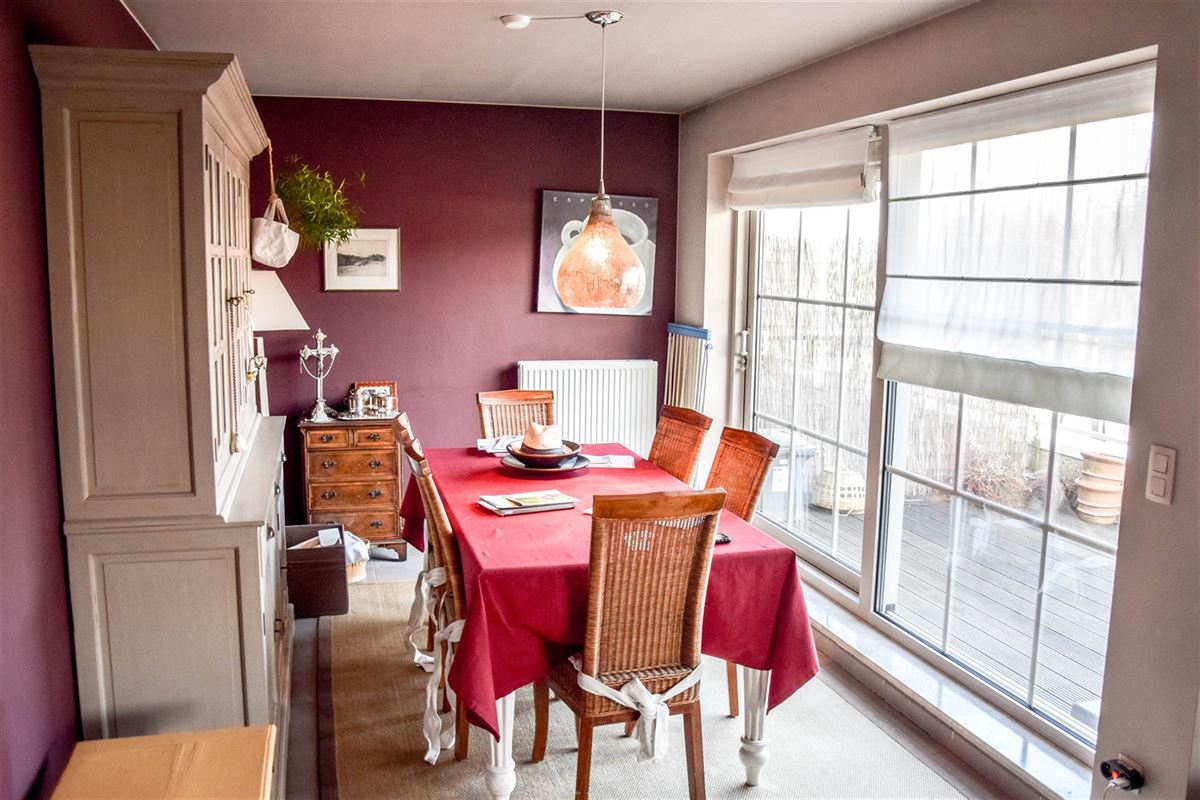 Foto 3 : Appartement te  SINT-NIKLAAS (België) - Prijs 740 €/maand