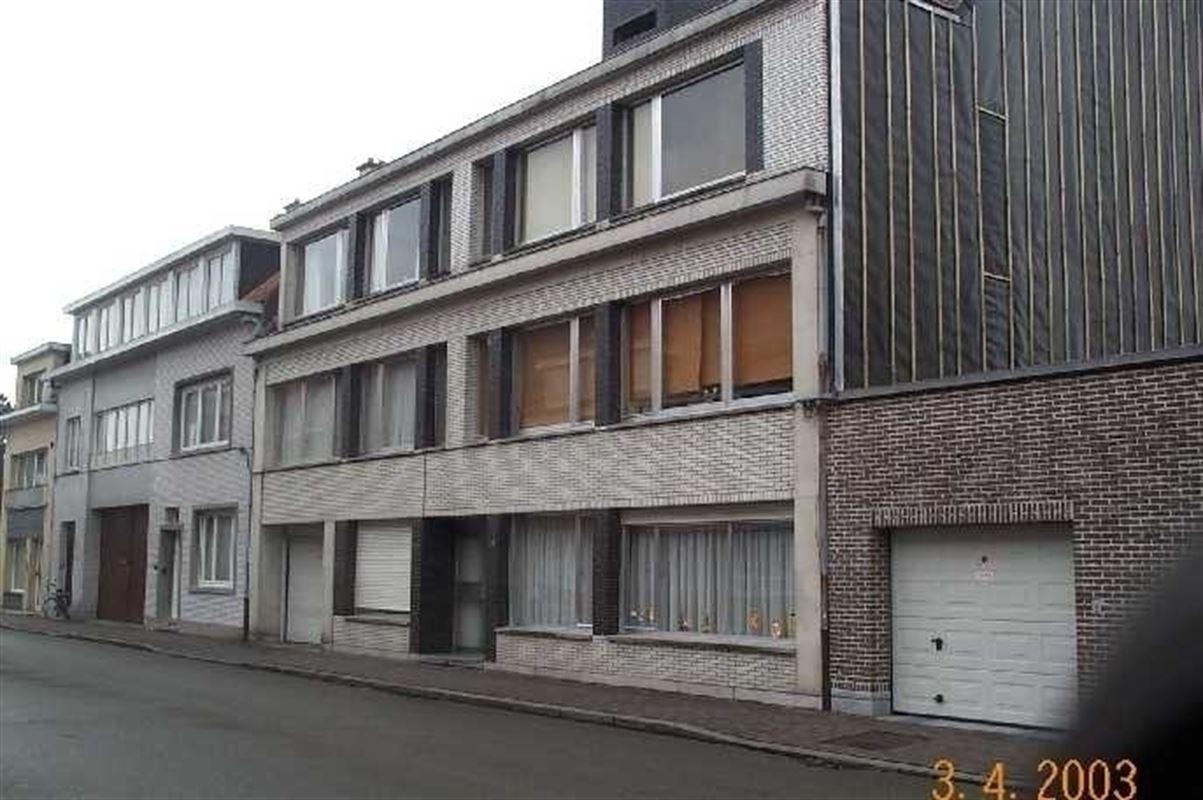 Foto 1 : Parking/Garagebox te 9100 SINT-NIKLAAS (België) - Prijs 65 €/maand