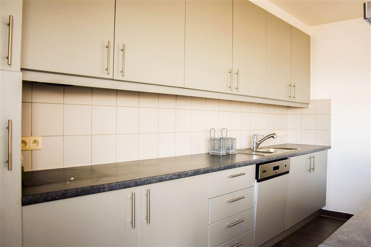 Foto 5 : Appartement te 9100 SINT-NIKLAAS (België) - Prijs 975 €/maand
