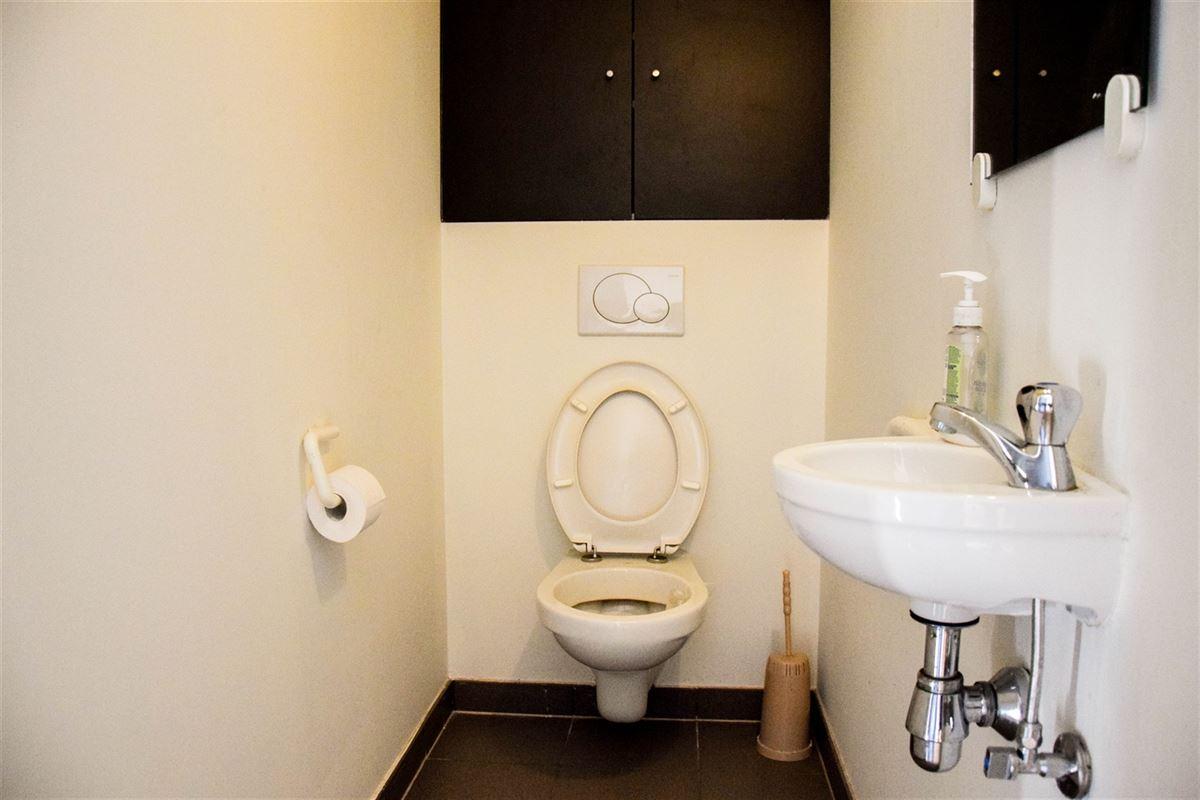 Foto 15 : Appartement te 9100 SINT-NIKLAAS (België) - Prijs 975 €/maand