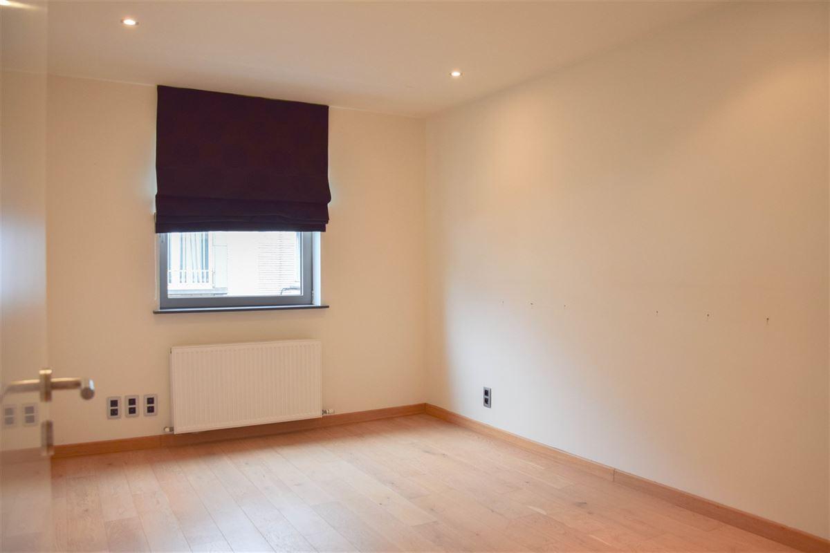 Foto 10 : Appartement te 9100 SINT-NIKLAAS (België) - Prijs 750 €/maand