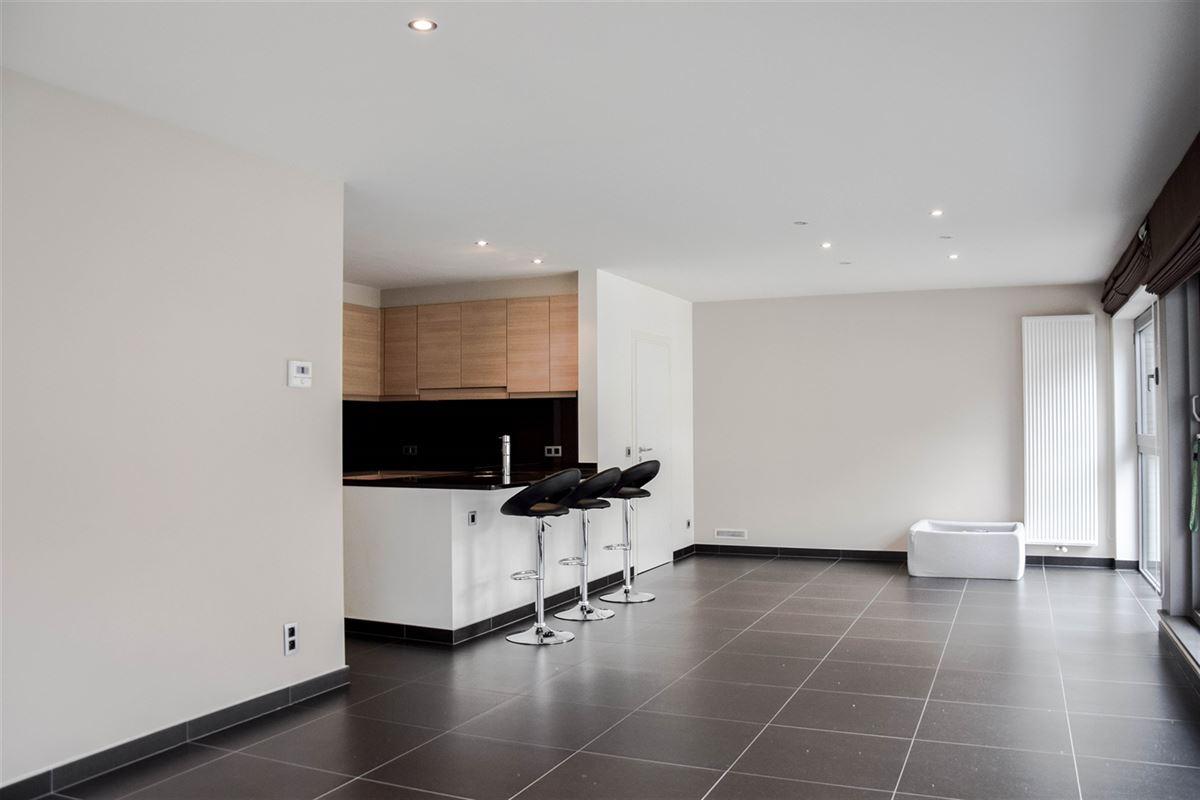 Foto 5 : Appartement te 9100 SINT-NIKLAAS (België) - Prijs 750 €/maand