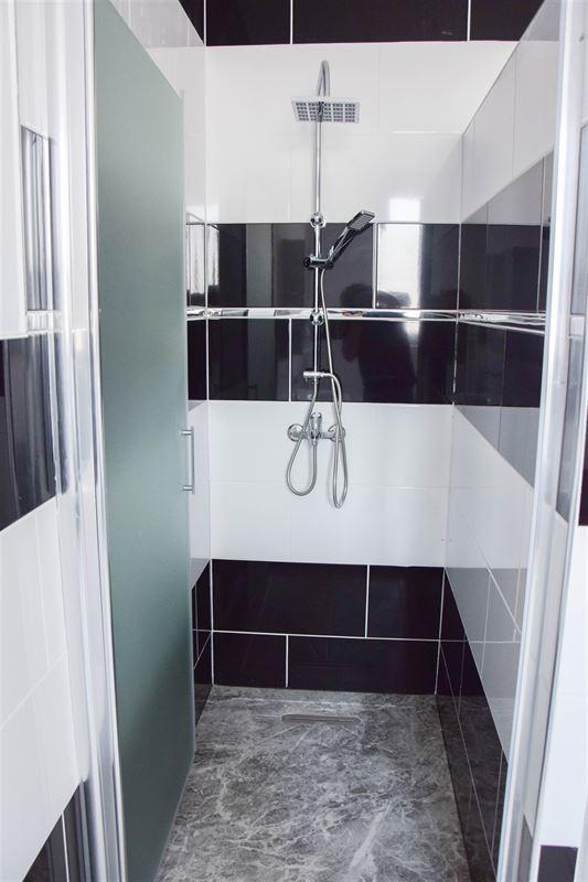 Foto 13 : Huis te 9100 SINT-NIKLAAS (België) - Prijs 950 €/maand