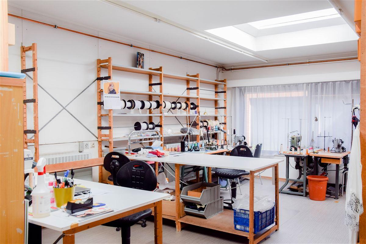 Foto 7 : Winkelruimte te 9100 SINT-NIKLAAS (België) - Prijs 2.500 €/maand