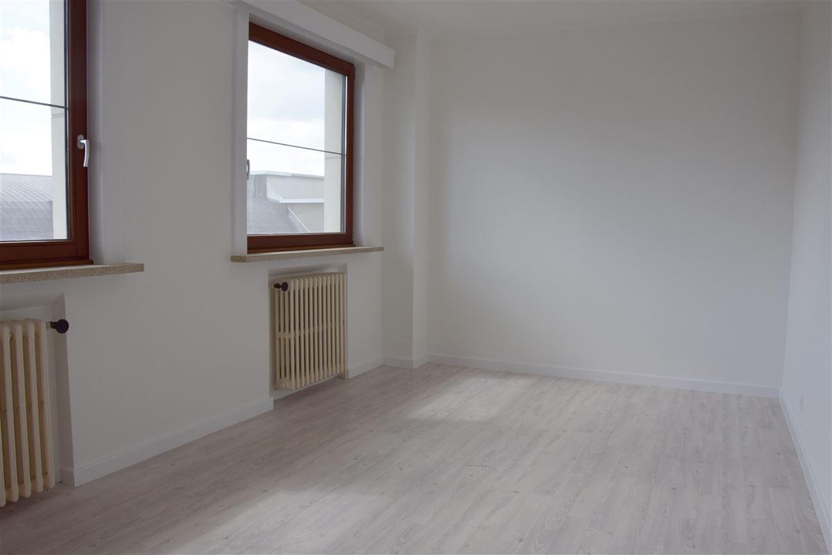 Foto 10 : Appartement te 9100 SINT-NIKLAAS (België) - Prijs 680 €/maand
