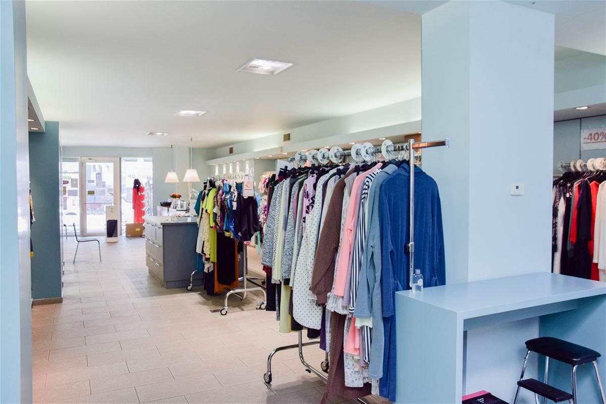 Foto 3 : Winkelruimte te 9100 SINT-NIKLAAS (België) - Prijs 2.500 €/maand