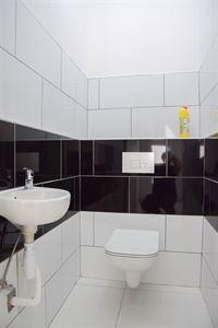 Foto 9 : Huis te 9100 SINT-NIKLAAS (België) - Prijs 950 €/maand