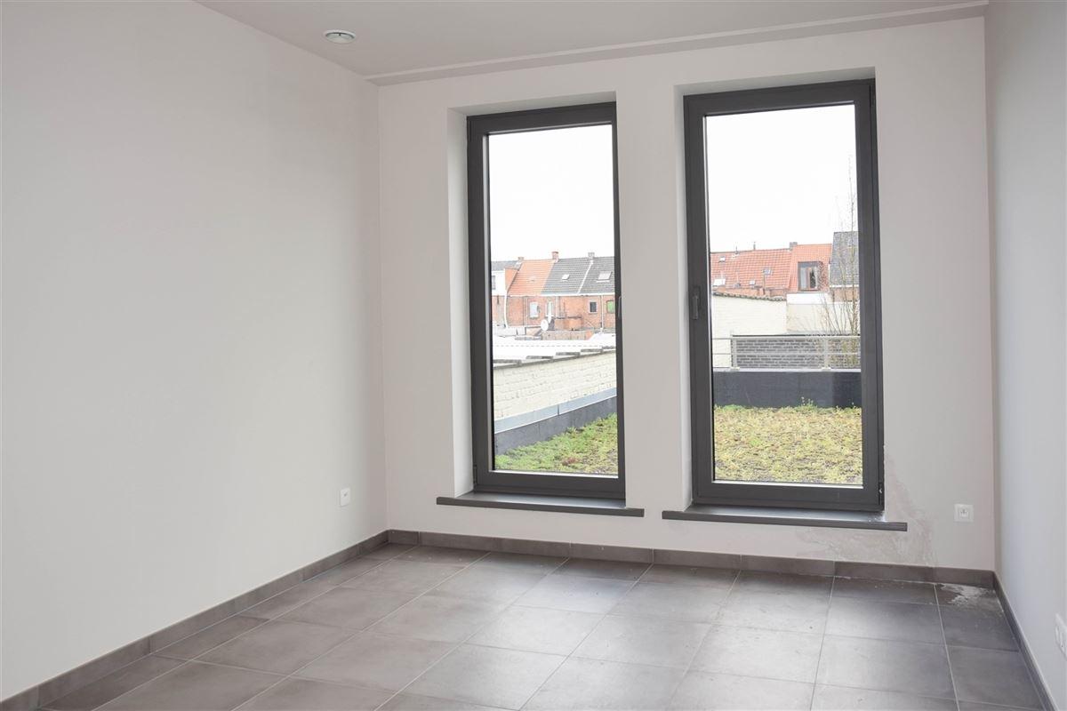 Foto 8 : Appartement te 9100 SINT-NIKLAAS (België) - Prijs 800 €/maand