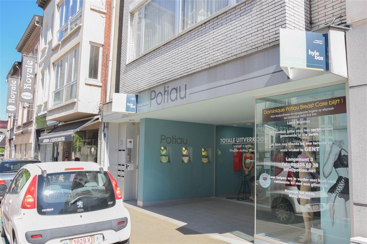 Foto 10 : Winkelruimte te 9100 SINT-NIKLAAS (België) - Prijs 2.500 €/maand