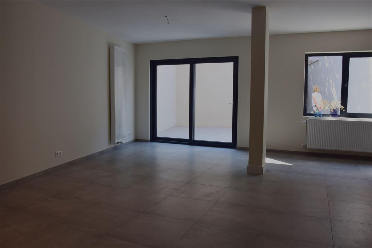 Foto 2 : Appartement te 9100 SINT-NIKLAAS (België) - Prijs 700 €/maand