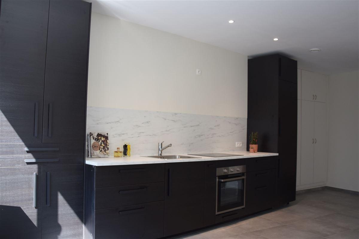 Foto 5 : Appartement te 9100 SINT-NIKLAAS (België) - Prijs 700 €/maand