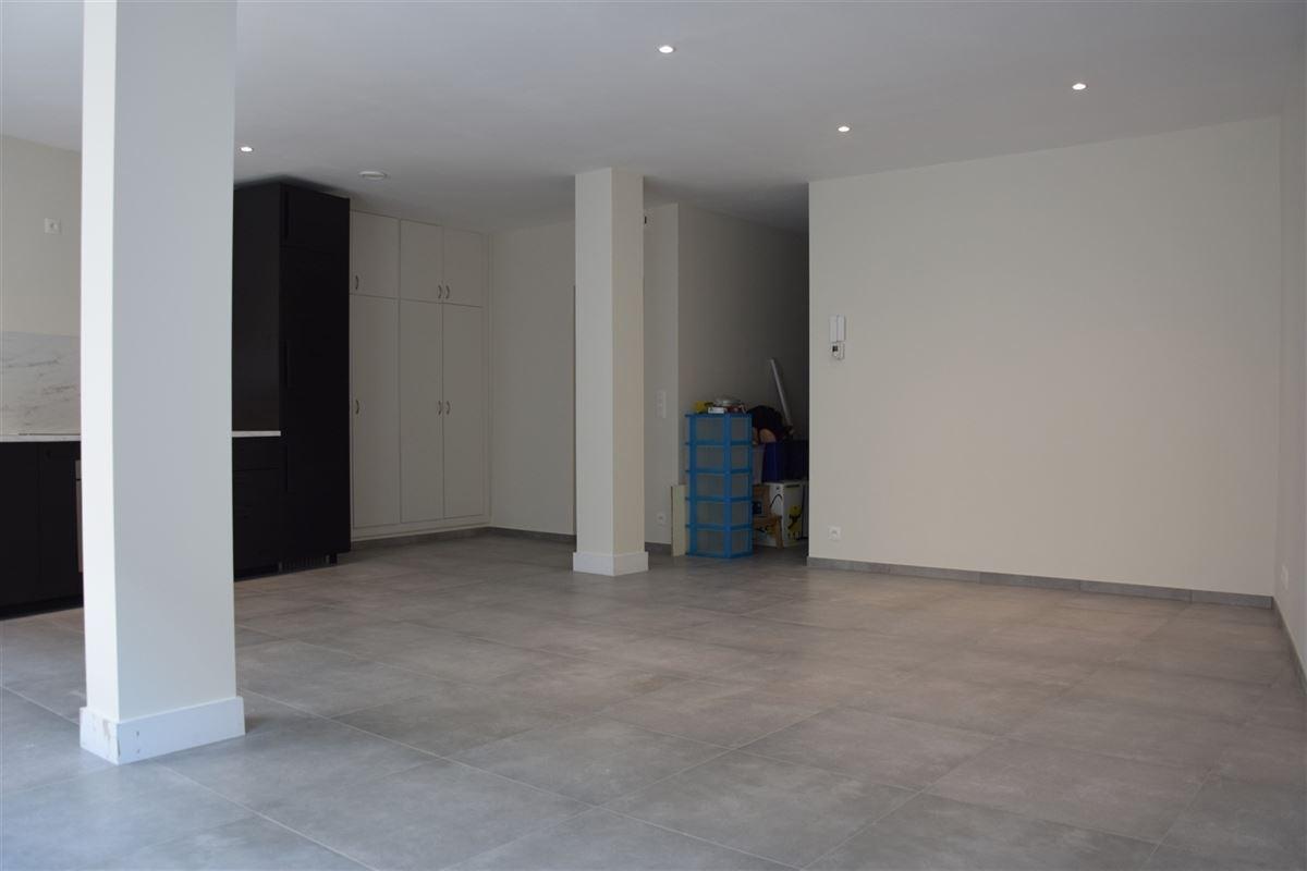 Foto 3 : Appartement te 9100 SINT-NIKLAAS (België) - Prijs 700 €/maand