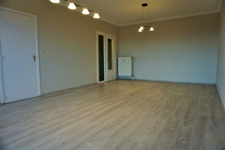 Image 4 : Appartement à 4300 WAREMME (Belgique) - Prix 690 €