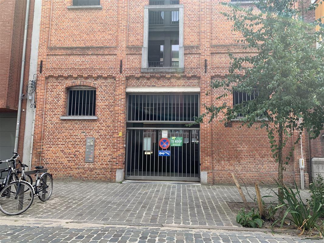 Foto 1 : Parkeerplaats te 2000 ANTWERPEN (België) - Prijs € 28.000