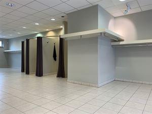 Foto 3 : Winkelruimte te 2930 BRASSCHAAT (België) - Prijs € 249.000