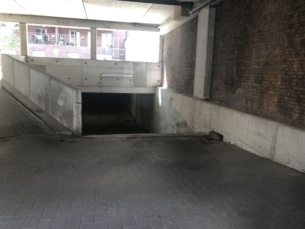 Foto 2 : Parkeerplaats te 2000 ANTWERPEN (België) - Prijs € 115