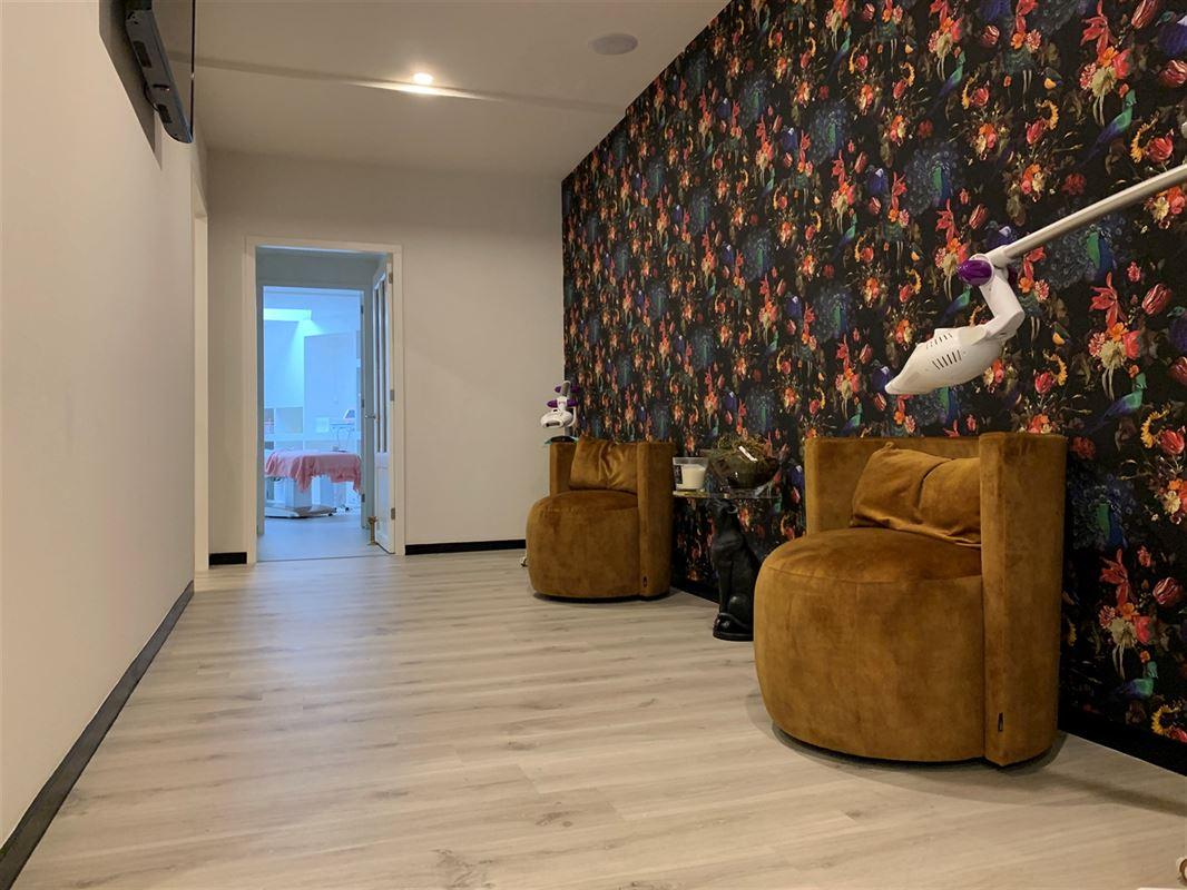 Foto 3 : Winkelruimte te 2930 BRASSCHAAT (België) - Prijs € 425.000