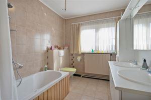 Foto 10 : Huis te 2950 KAPELLEN (België) - Prijs € 375.000