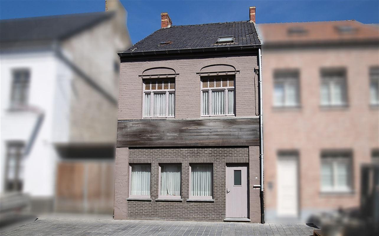 Dorpsstraat 12 - KOEKELARE