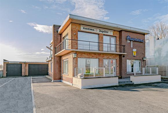 Commercieel gebouw te koop in EERNEGEM