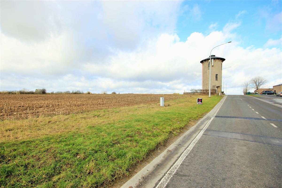 Image 2 : Terrain à bâtir à 5600 NEUVILLE (Belgique) - Prix 76.000 €