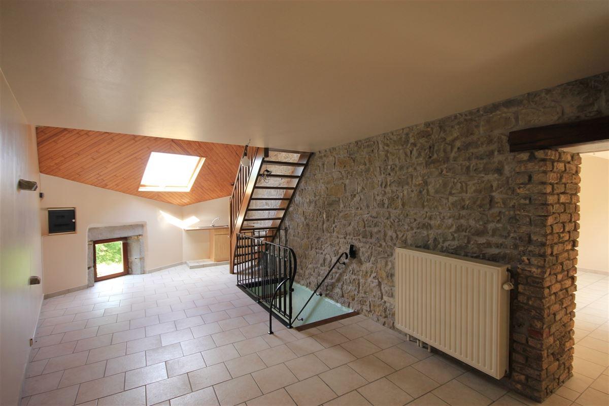 Image 2 : Entrepôt à 5660 BOUSSU-EN-FAGNE (Belgique) - Prix 200 €