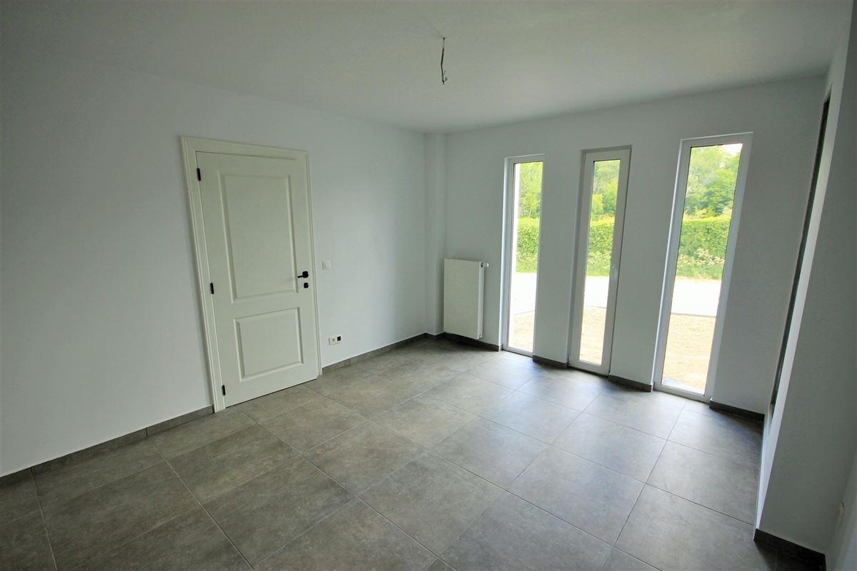 Image 4 : Villa à 6500 LEUGNIES (Belgique) - Prix 390.000 €