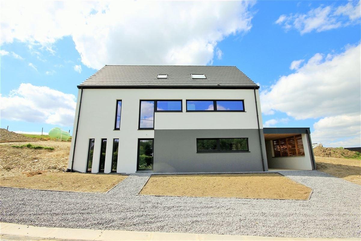 Villa à 6500 LEUGNIES (Belgique) - Prix 390.000 €