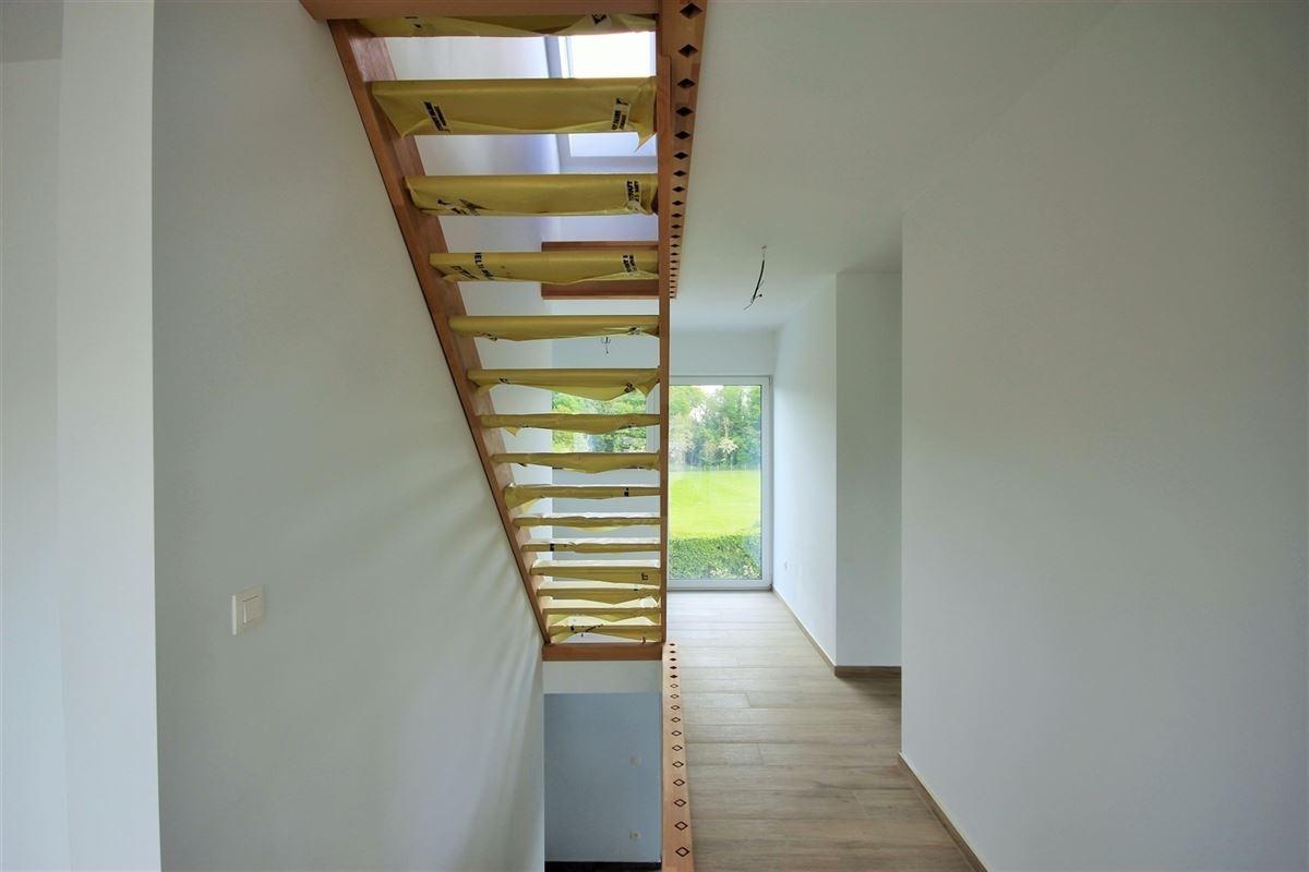 Image 8 : Villa à 6500 LEUGNIES (Belgique) - Prix 430.000 €