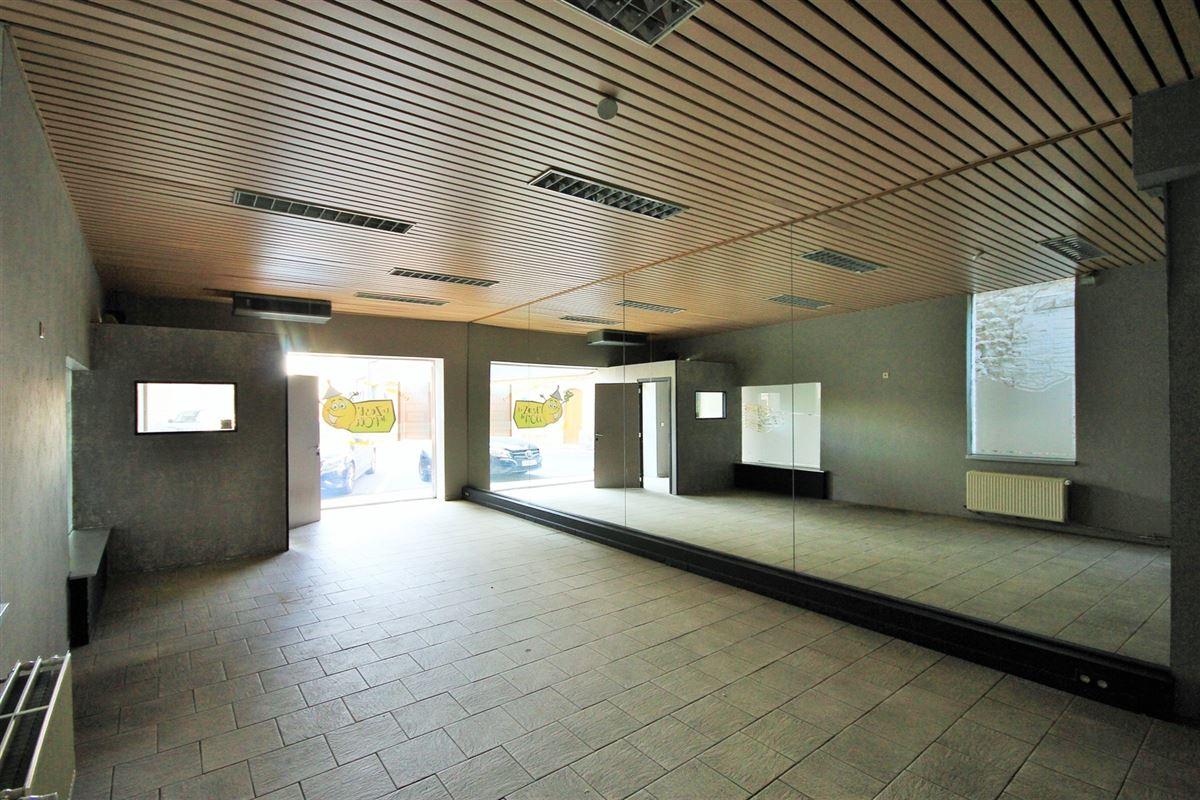 Image 2 : Commerce à 5620 FLORENNES (Belgique) - Prix 110.000 €