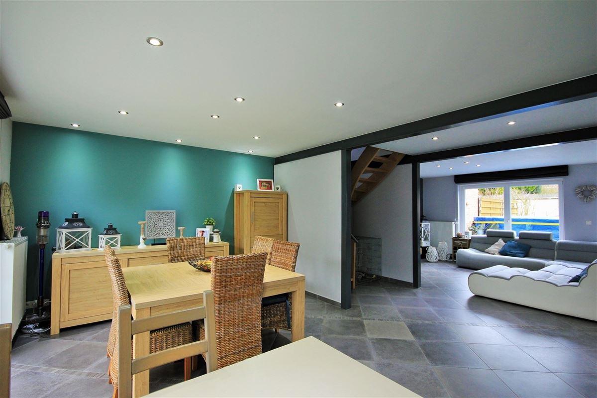 Image 3 : Villa à 6031 MONCEAU-SUR-SAMBRE (Belgique) - Prix 235.000 €