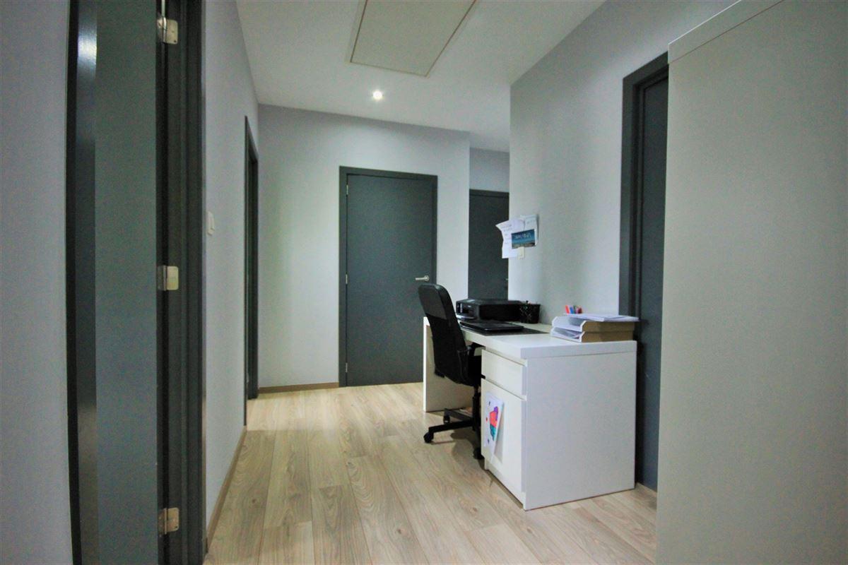 Image 9 : Villa à 6031 MONCEAU-SUR-SAMBRE (Belgique) - Prix 235.000 €