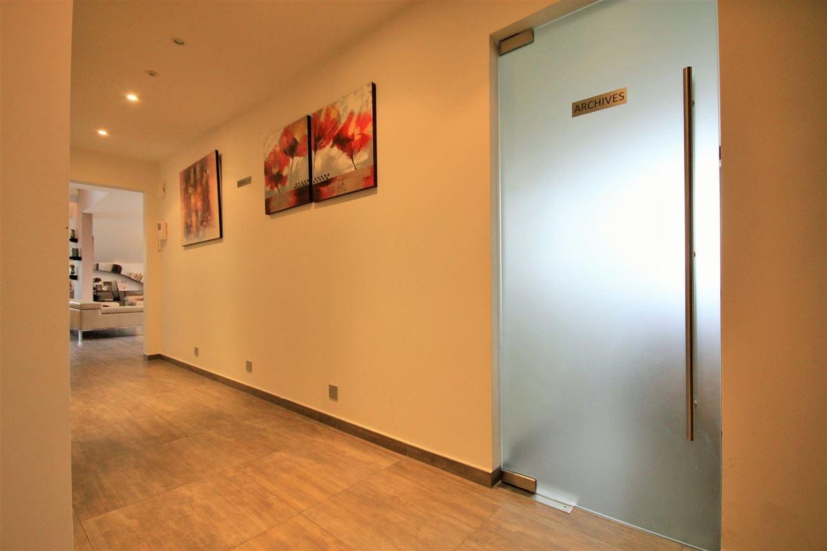 Image 12 : Duplex/Penthouse à 6280 GERPINNES (Belgique) - Prix 690.000 €