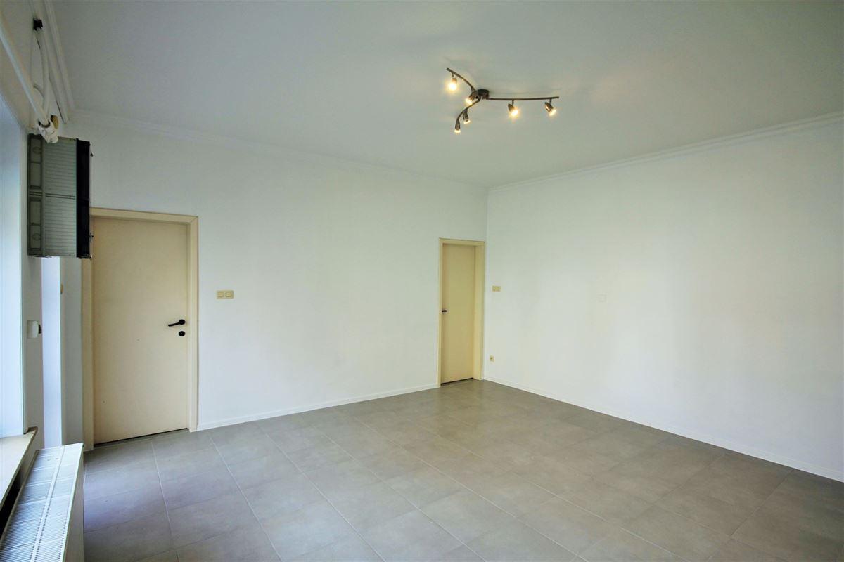 Image 2 : Studio(s) à 6040 JUMET (Belgique) - Prix 450 €