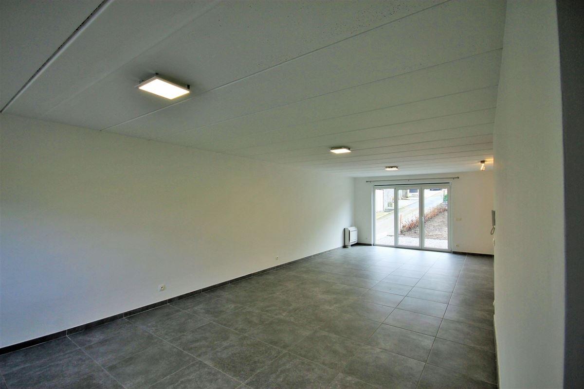 Bel etage à 5650 YVES-GOMEZÉE (Belgique) - Prix 219.000 €