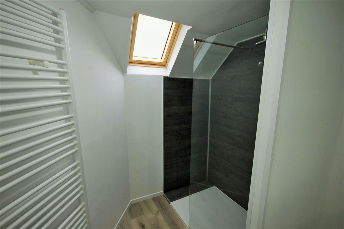 Image 17 : KOT/chambre à 6000 CHARLEROI (Belgique) - Prix 385 €