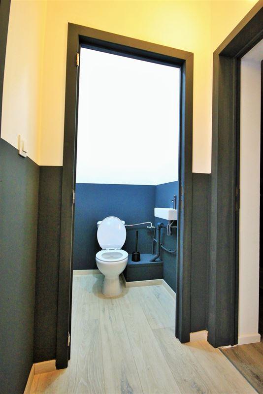 Image 20 : KOT/chambre à 6000 CHARLEROI (Belgique) - Prix 405 €