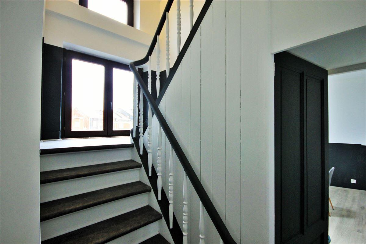 Image 5 : KOT/chambre à 6000 CHARLEROI (Belgique) - Prix 385 €
