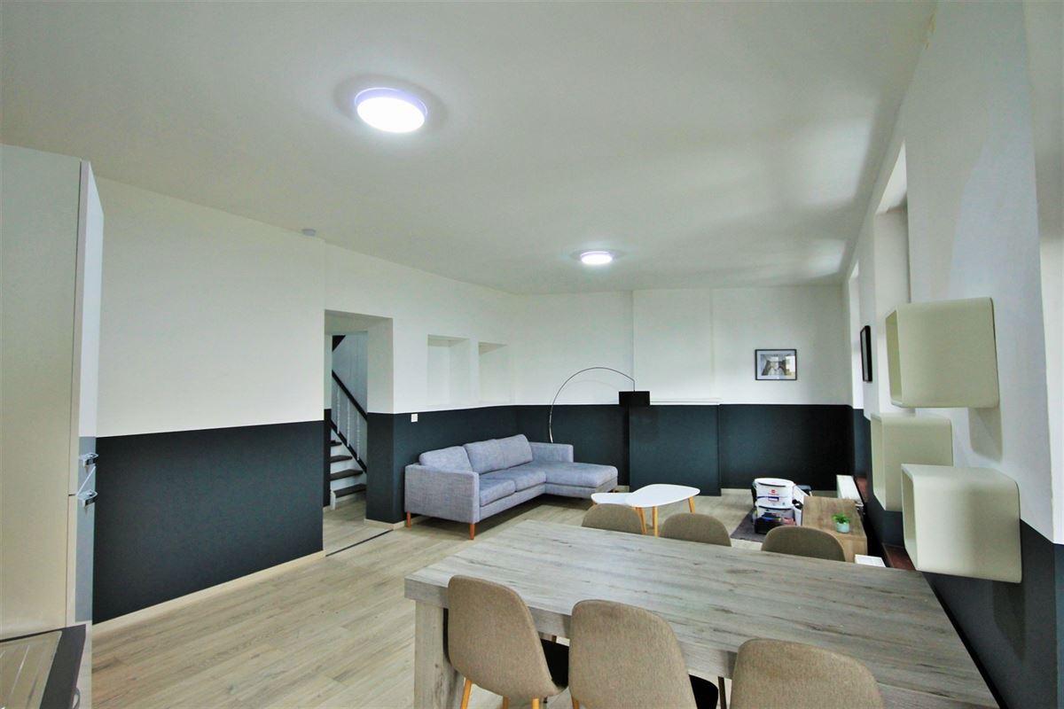 Image 3 : KOT/chambre à 6000 CHARLEROI (Belgique) - Prix 385 €