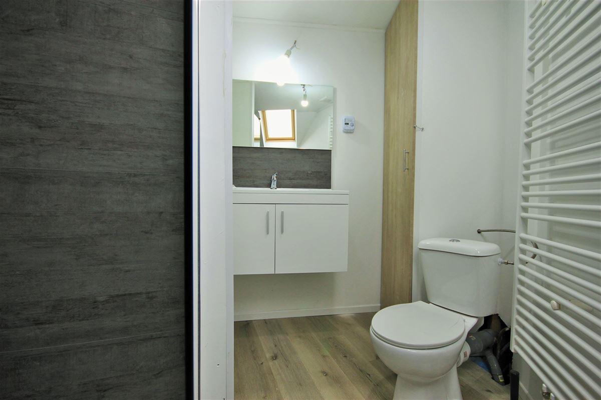 Image 18 : KOT/chambre à 6000 CHARLEROI (Belgique) - Prix 405 €